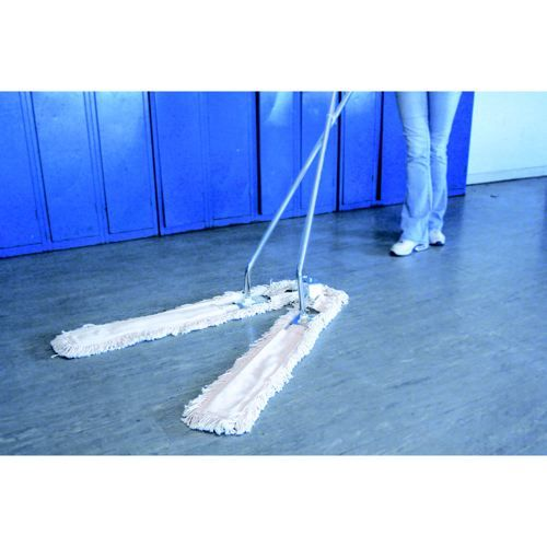 Scissor Action V Sweeper Brush 1400mm Width Open 1600mm Width Closed