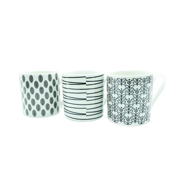 Quality 12oz Black and White Mugs Designs may vary (Pack of 12) P1160119