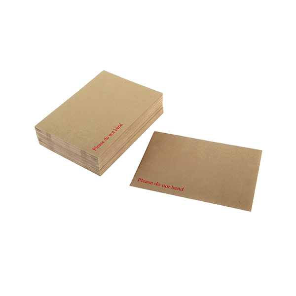 Q-Connect Envelope 318x267mm Board Back Peel and Seal 115gsm Manilla (Pack of 125) 1K06