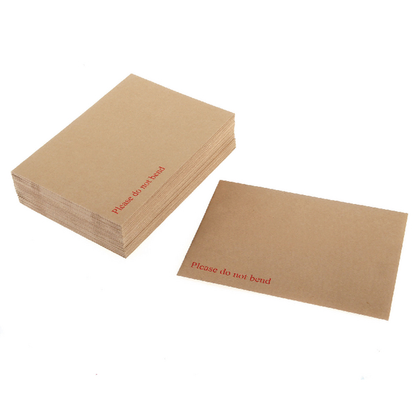 Q-Connect Board Back Envelope 444x368mm 120gsm Manilla Peel and Seal (Pack of 50)